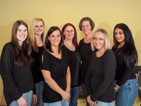In der Praxis für Handchirurgie und Unfallchirurgie liegt der Schwerpunkt in der Handchirurgie, der Chirurgie des Ellenbogens & der Behandlung von Unfällen.